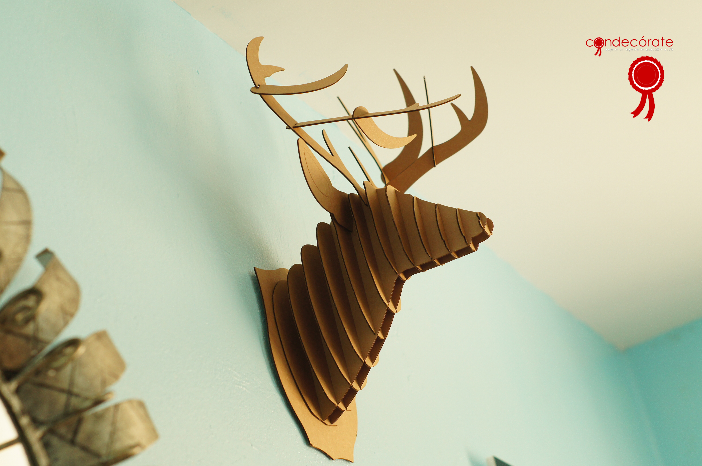 Una de cuernos - Cabeza ciervo carton ...
