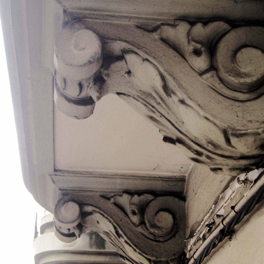 Detalle ménsula balcón