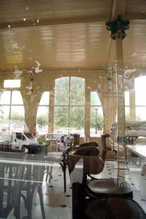 interior transparante, diáfano y ligero