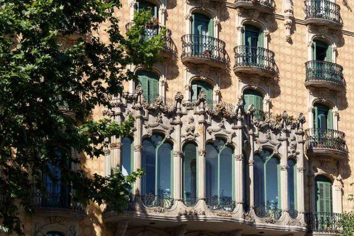 casa-ramos-fachada-modernismo-barcelona