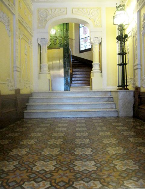 suelo-hidraulico-modernista-edificio-calle-compostela-años-1910-arquitecto-julio-galan-carvajal