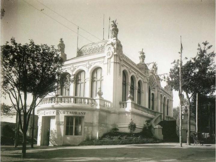 escuela-santa-susana-modernismo-santiago-compostela