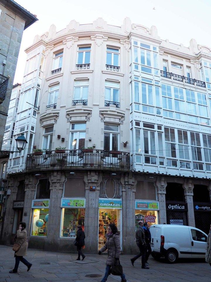 Rua orfas. Modernismo Santiago Compostela